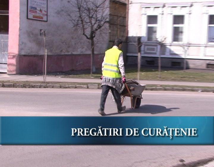Curăţenie pe străzile Sighetene