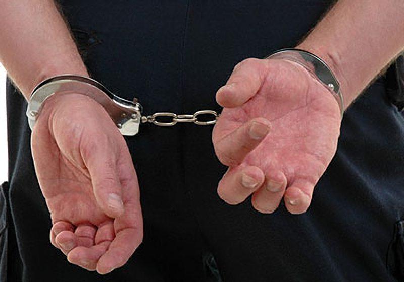 Arestat pentru violare de domiciliu şi omor
