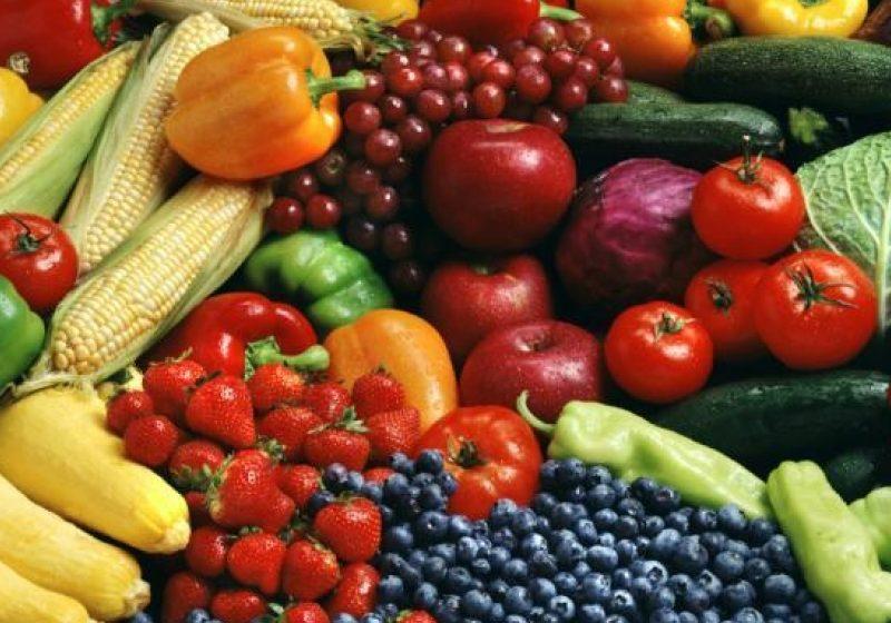 Comisarii Gărzii Financiare au confisacat tone de legume şi fructe pentru nerespectarea legislaţiei fiscale
