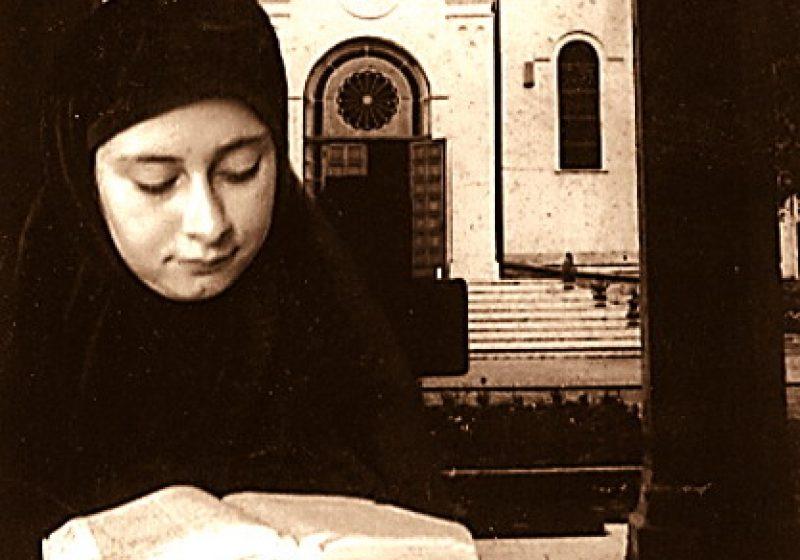 Femeia în slujirea vieţii şi trăirea responsabilităţilor în societate