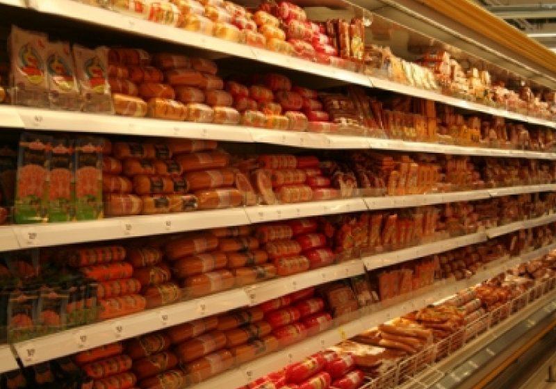 Produse expirate, găsite pe rafturile magazinelor din Sighet