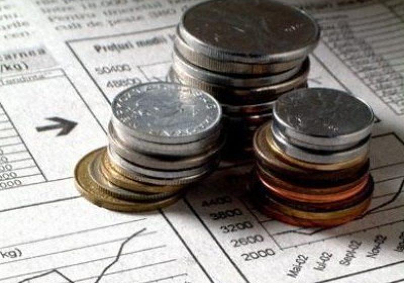 Românii intenţionează să cheltuiască mai mult în acest an
