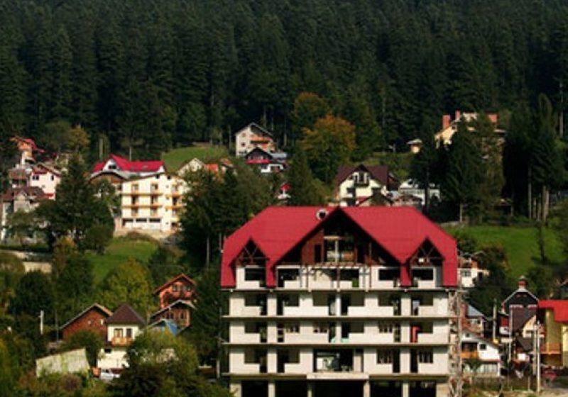 Oferte speciale pentru turişti în hoteluri şi pensiuni de pe Valea Prahovei, de 1 Mai
