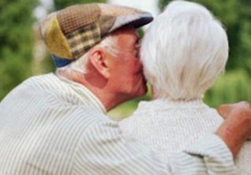 10 cupluri din Sighetu Marmaţiei vor sărbători duminică, 15 mai, Nunta de Aur