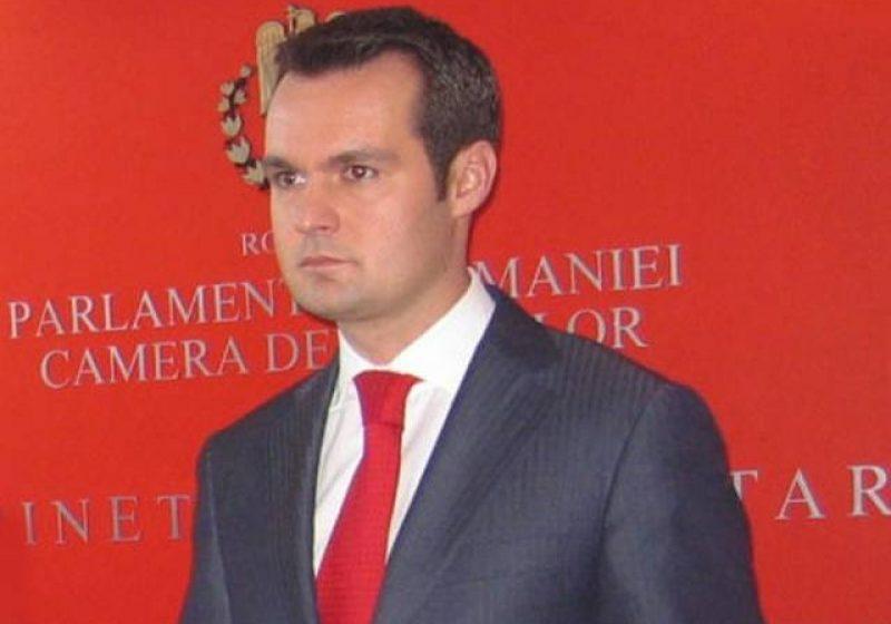 Catalin Chereches isi anunta astazi demisia din functia de deputat
