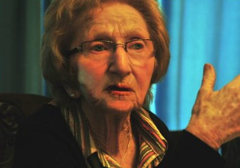 """Distinsa scriitoare Hedi Fried si-a lansat la Casa Elie Wiesel, volumul """"A treia viaţă""""."""