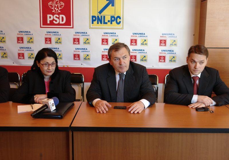 Crin Antonescu a venit în Baia Mare pentru a susţine candidatura lui Cătălin Cherecheş