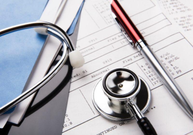 Din cauza unor pacienţi incorecţi, medicii sunt buni de plată