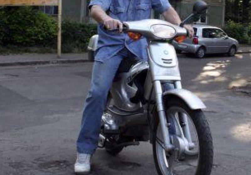 O fetiţă de doi ani din Sighetu Marmaţiei a fost accidentată de un conducător de moped de 71 de ani
