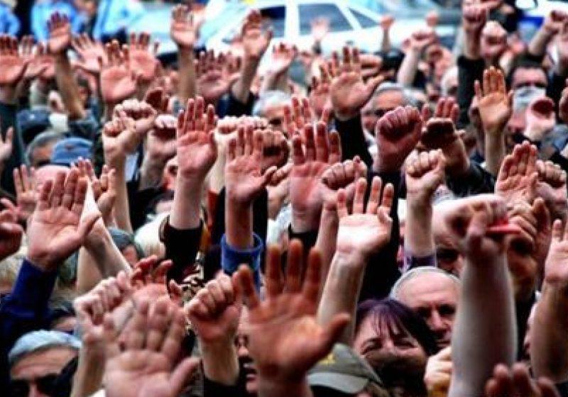 Poliţiştii anunţă amânarea protestului public care urma să aibă loc marţi, 10 mai 2011