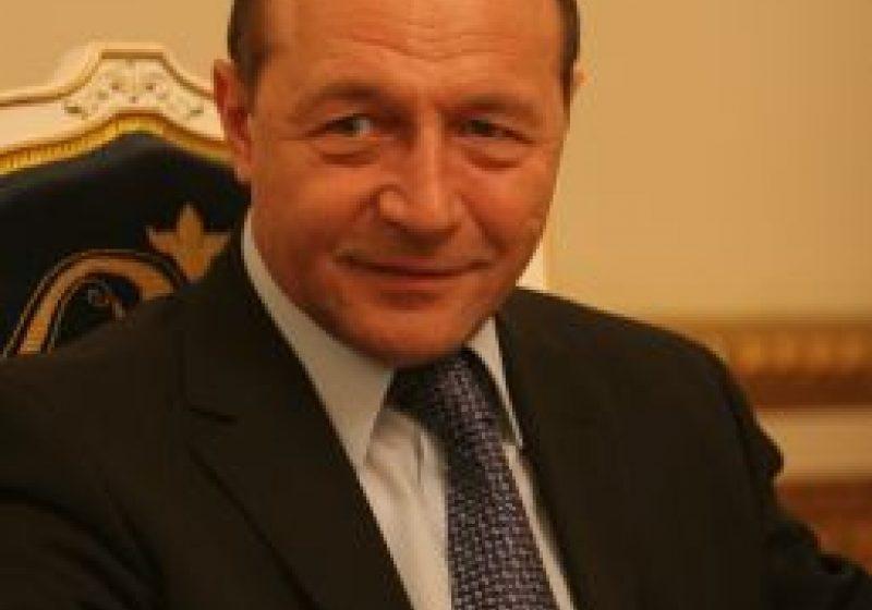 Băsescu: Sistemul antirachetă va fi amplasat la Deveselu, judeţul Olt. Amplasarea costă 400 de milioane de dolari
