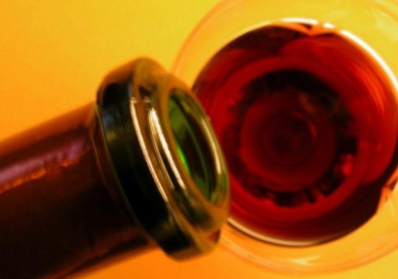 12 producători de vinuri româneşti participă la Vinexpo 2011