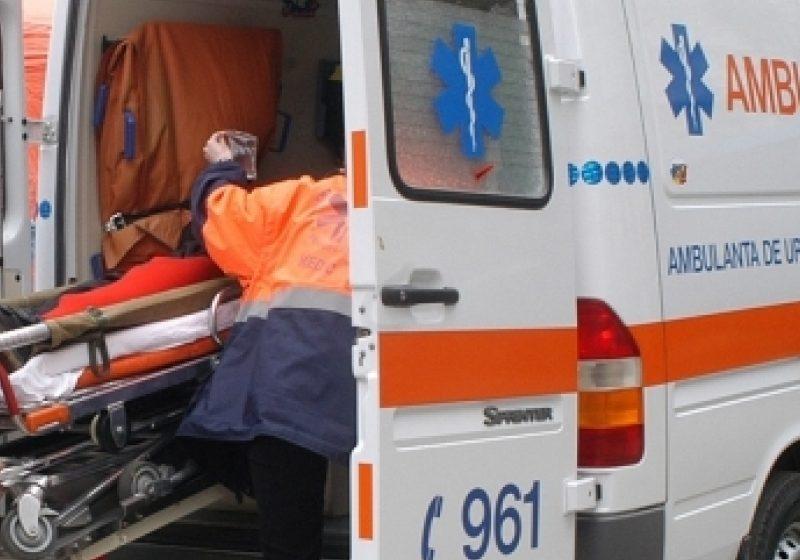 Transportul pacienţilor fără centură în ambulanţă, amendat de la 1.000 la 2.000 de lei