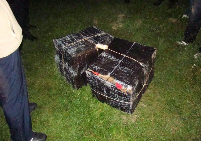 Activitate intensă la Poliţia de frontieră în weekend: ţigări de contrabandă de peste 100.000 lei capturate