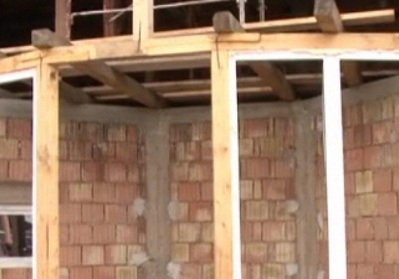 Tot mai puțini sigheteni își permit să construiască o casă