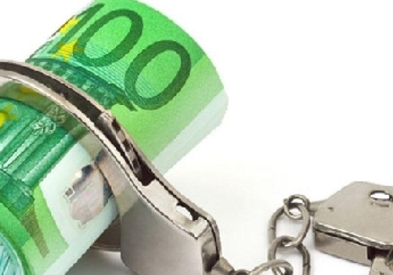 Trimitere în judecată pentru mai multe infracţiuni de evaziune fiscală