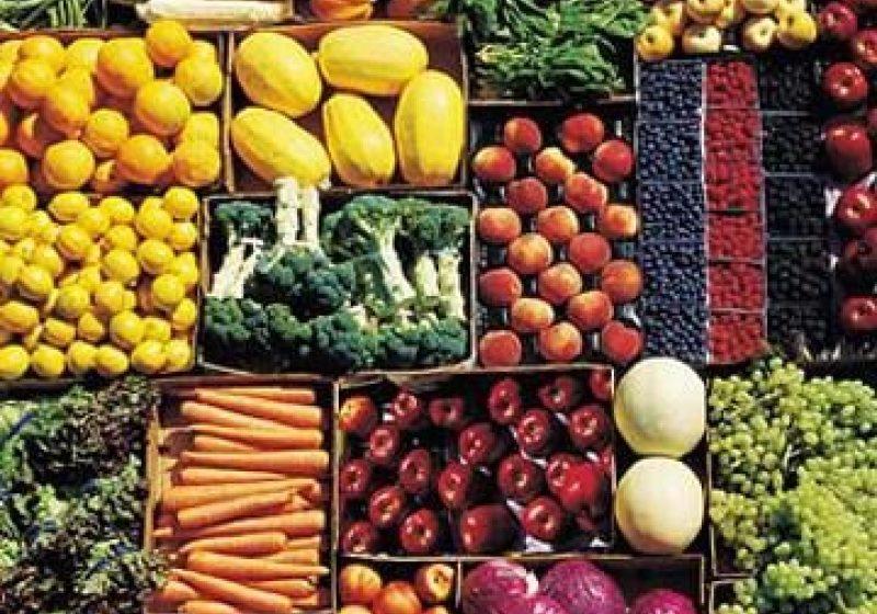 Inflaţia anuală a crescut în mai. Fructele şi cartofii s-au scumpit din nou