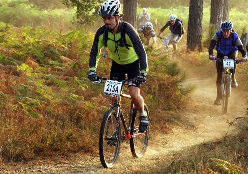 Statiunea Izvoare: Maraton de mountain-bike