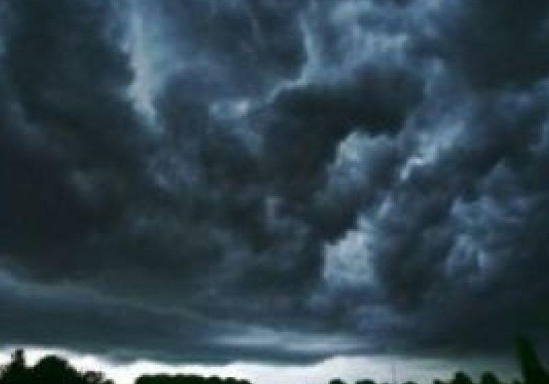 Ploi torentiale si vijelii asteptate în judetul Maramures