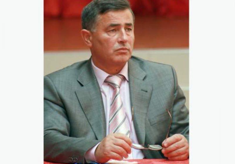 Primarul Anton Ardelean a solicitat 50.000 euro pentru construcţia de locuinţe sociale cetăţenilor  din blocul prăbuşit la Nistru