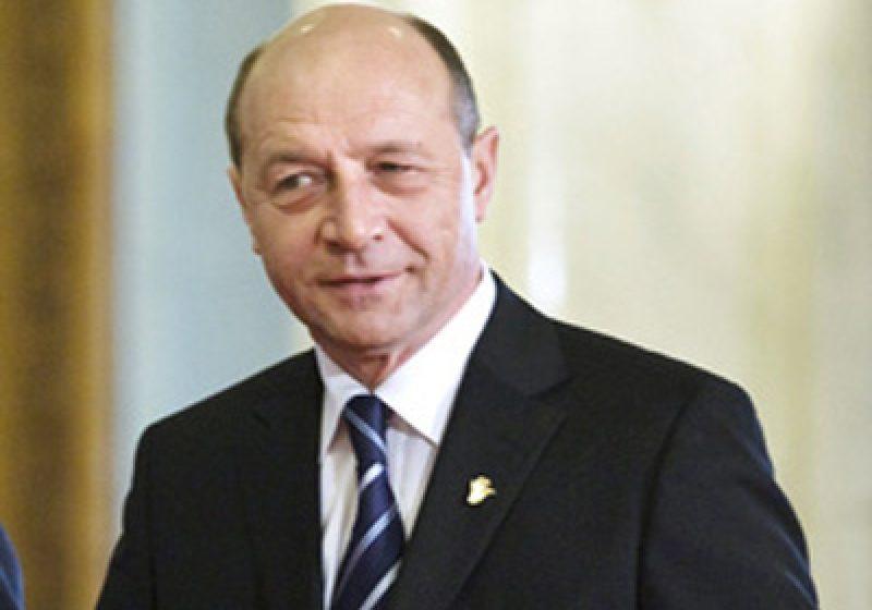 Preşedintele Traian Băsescu propune un compromis pe marginea reorganizării administrative şi revizuirii Constituţiei