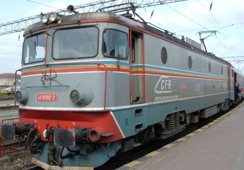 54 de trenuri vor asigura legături directe între principalele oraşe din ţară şi litoralul românesc