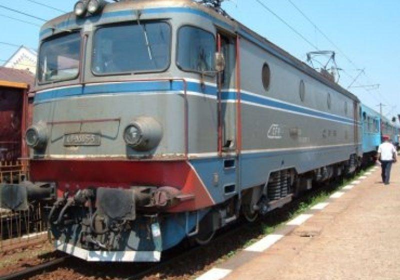 Preţul călătoriilor cu trenul şi cu metroul va putea fi majorat peste inflaţie