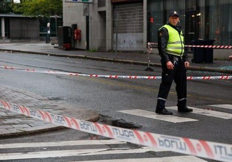Ambasada României nu a primit încă nicio informaţie despre români victime ale atacurilor din Oslo
