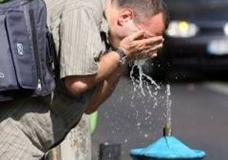 Baia Mare: Canicula dubleaza numarul de apeluri la Ambulanta