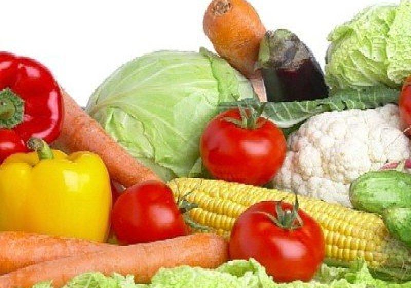 Cartofii, legumele, citricele şi laptele au avut cea mai mare contribuţie la înregistrarea deflaţiei din iunie