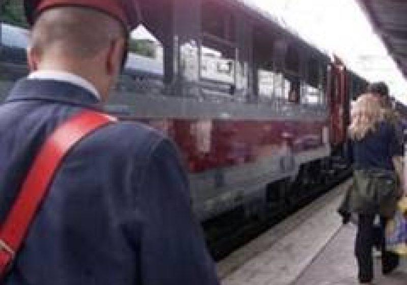 CFR introduce trenuri suplimentare în fiecare weekend, pe perioada verii