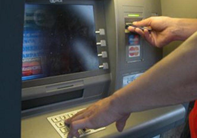 Cine despăgubeşte populaţia în cazul falimentului unor bănci?