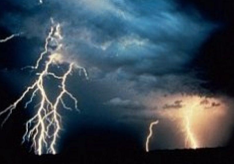 Cod galben de vijelie şi ploi torenţiale în Maramureş