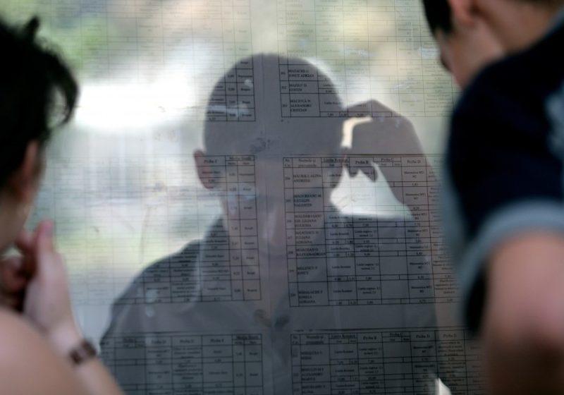 CONTESTAŢII BACALAUREAT 2011: Peste 80.000 de contestaţii, dublu faţă de 2010