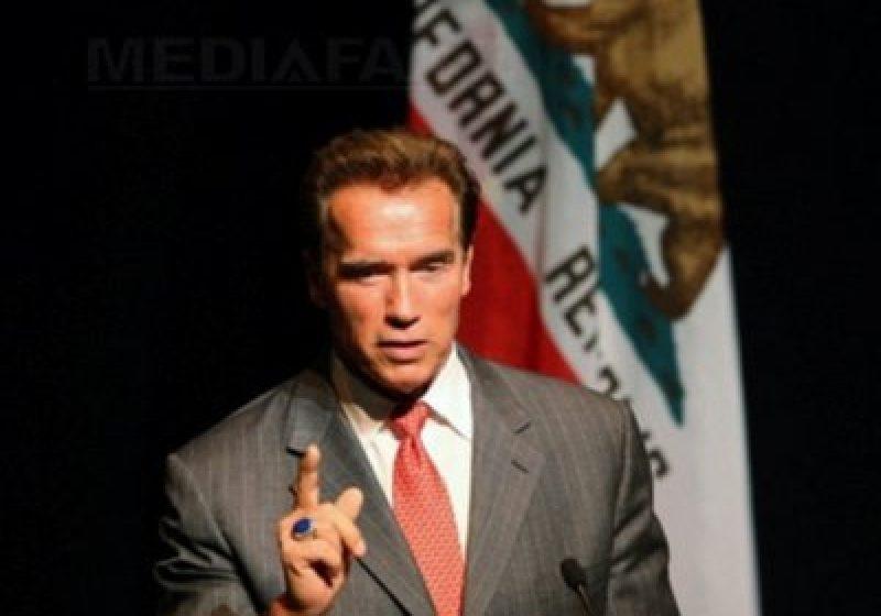 Fiul lui Arnold Schwarzenegger, internat, după ce a suferit un accident