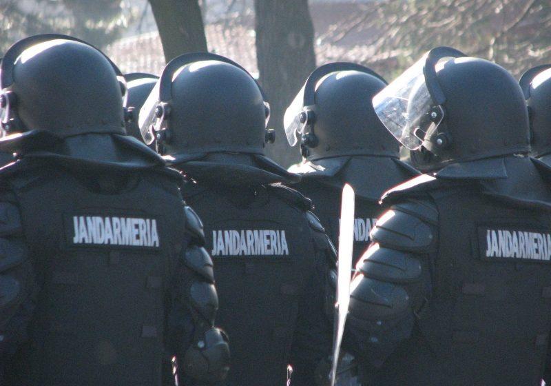 2 ofiţeri şi 69 subofiţeri jandarmi vor fi avansaţi în gradul următor