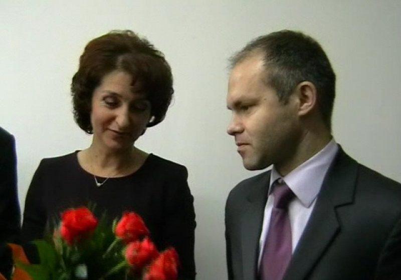 Baia Mare: Ministrul Educatiei, Daniel Funeriu, in vizita electorala in municipiul Baia Mare intrebat de mita de la bacul din Sighet