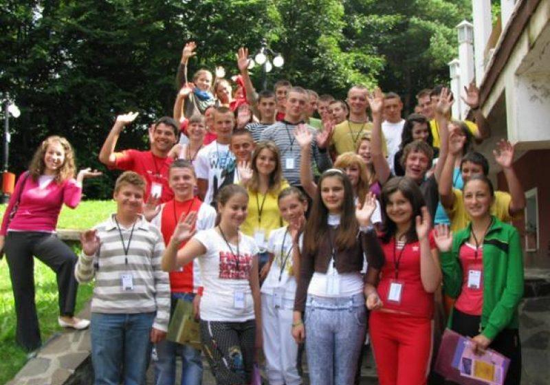 """Baia Mare: 100 de tineri din intreaga tara consiliati la """"Next Generation"""""""