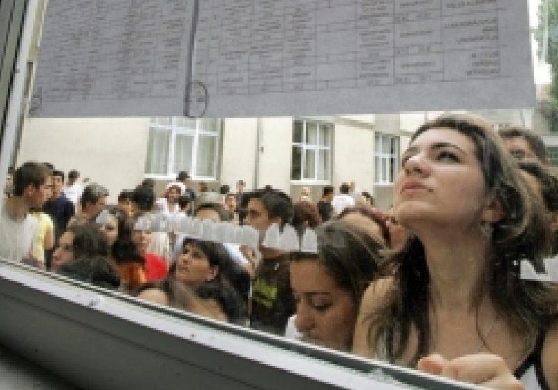 Nicio facultate din România şi din Europa nu acceptă candidaţi fără bacalaureat