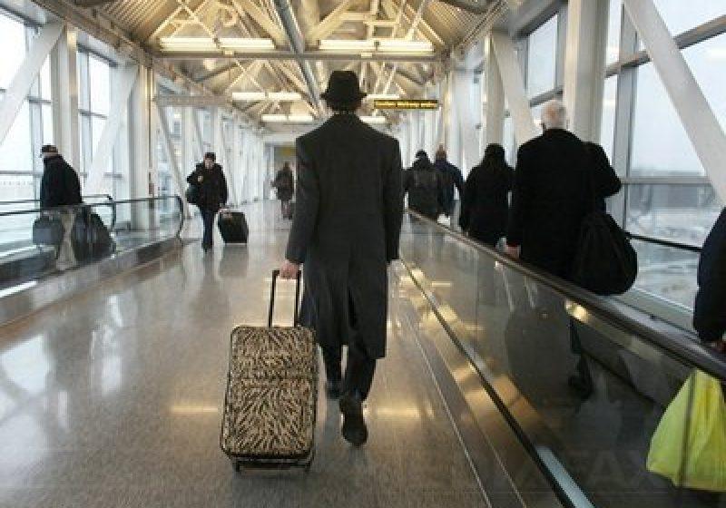 Noi metode ale teroriştilor de a evita controalele din aeroporturi: Implantează bombe sub pielea pasagerilor