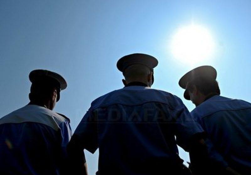 Numărul poliţiştilor inculpaţi pentru corupţie s-a triplat în primul semestru 2011 faţă de 2010