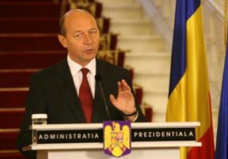 Preşedintele Băsescu a promulgat legea privind reabilitarea faţadelor clădirilor