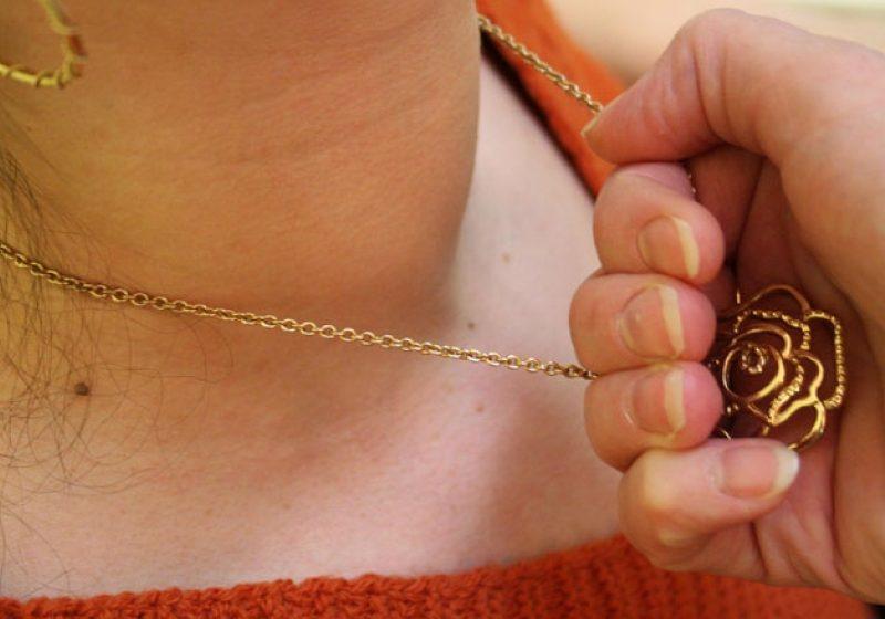 Tâlhărie pentru o bijuterie