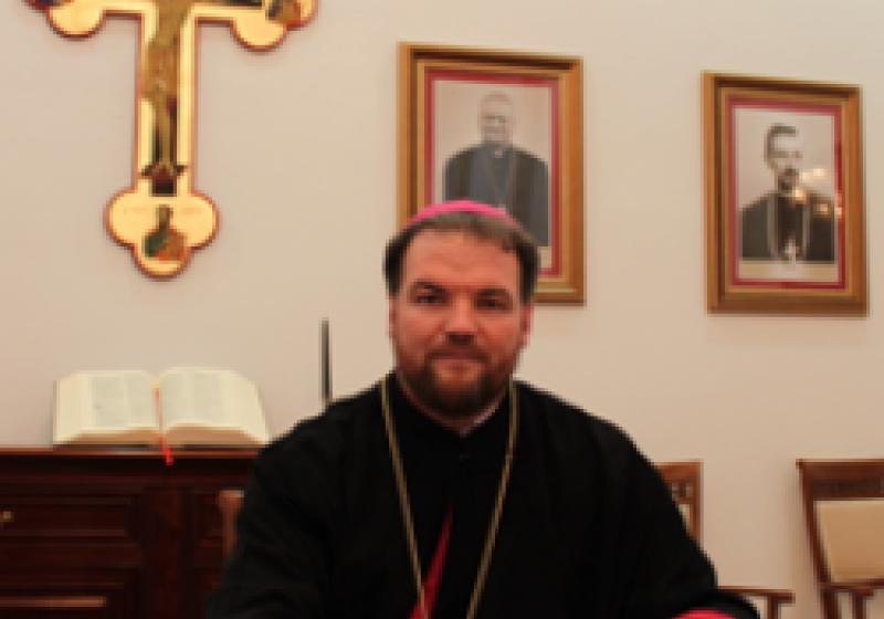 Sâmbătă, intronizarea noului Episcop greco- catolic de Maramureş, Vasile Bizău