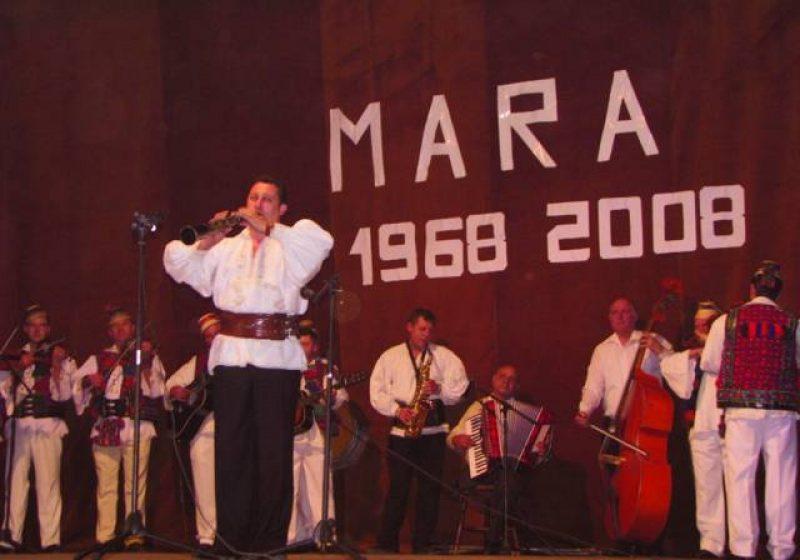 """Ansamblul folcloric """"Mara""""a participat la Festivalul Dansului Femeiesc """"Ecouri meseşene"""", din Salaj"""