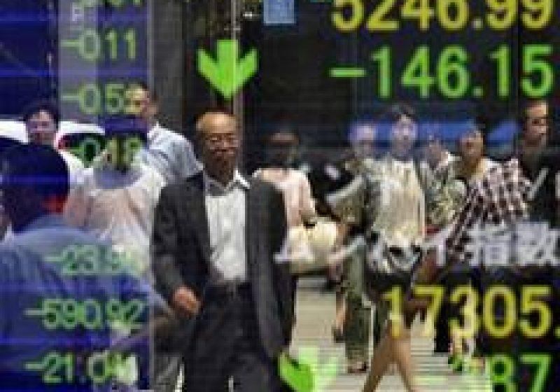 Bursele mondiale se prăbuşesc în urma retrogradării SUA de către S&P