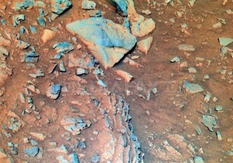Există apă pe Marte? NASA a publicat imagini care ar putea dovedi acest lucru