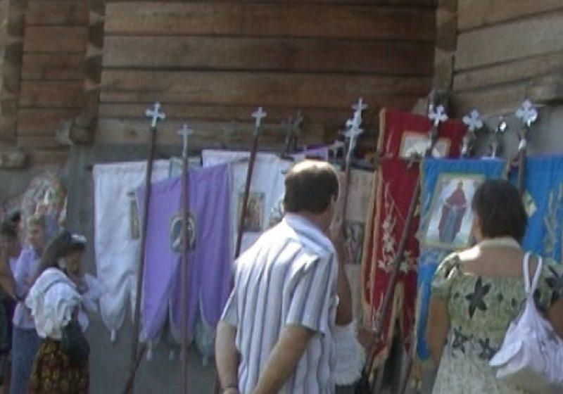 Hram la mănăstirea din Rona de Sus