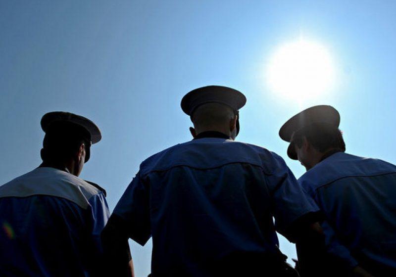 Igaş: 30.000 de oameni din Ministerul Administraţiei şi Internelor sunt angajaţi pe pile
