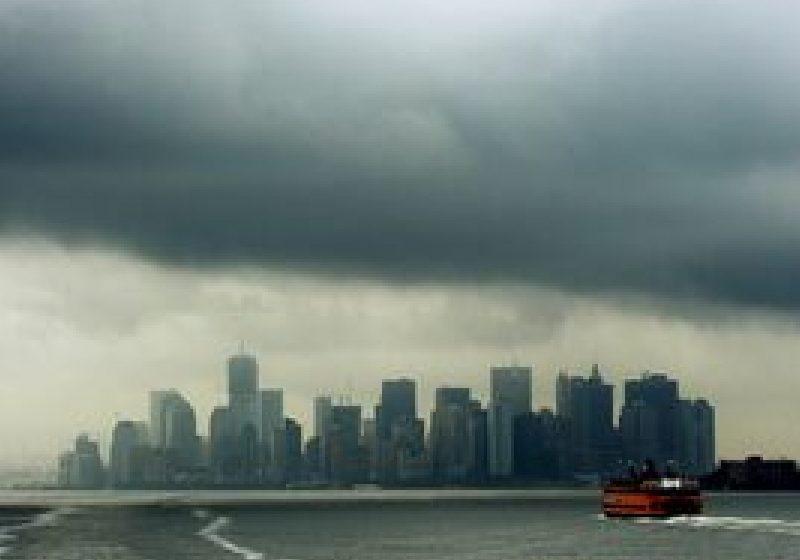 Irene loveşte New Yorkul transformat în oraş-fantomă